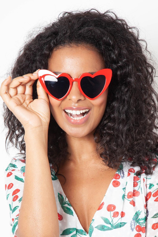 Patsy Retro Red Heart Sunglasses