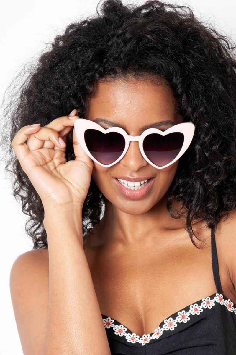 de9236dca Patsy Retro Pink Heart Sunglasses