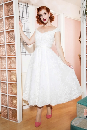Madeline Vintage Lace Bridal Gown
