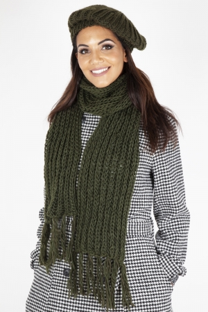 Lana Green Beret & Scarf Set