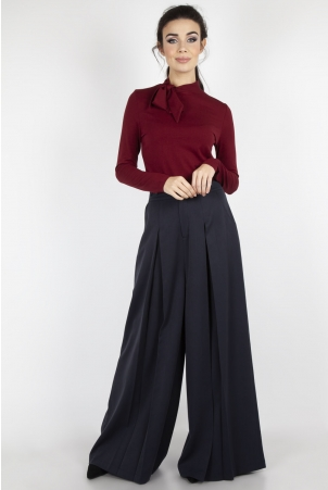 Josie Tie Neck Top in Burgundy