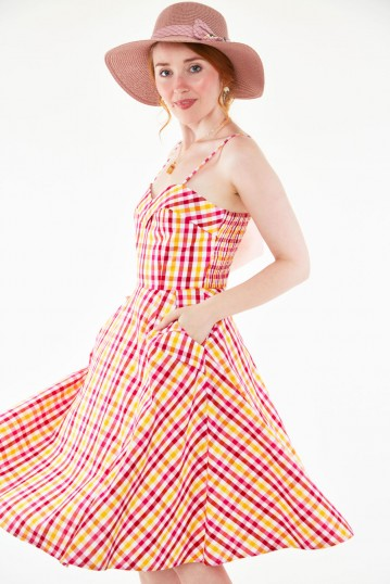 Tami Sweetheart neckline flare dress in gingham