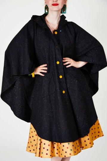 Ivy Speckled Cape