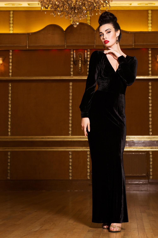 Molly 30s Black Velvet Gown
