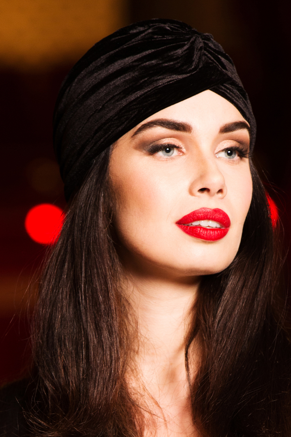Black Vintage Style Velvet Turban