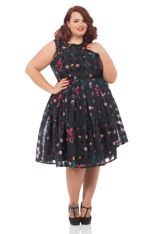 Betsy Plus Size 50s Floral Dress